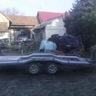 Eladó trailer